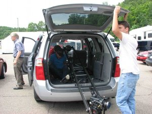 Setup of jib in minivan